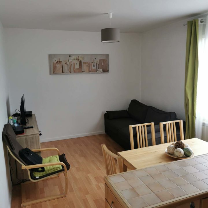 Furnished apartment near Paris